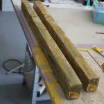 Echte und falsche SFX Holzlatte aus weichen Material