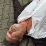 Metallstück im Hals mit Blutaustritt SFX