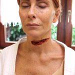 Kehlenschnitt FX Maske Speiseröhre durchtrennt Maskenbild SFX Make-up Hals Wunde