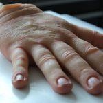 SFX Hand aus Silikon